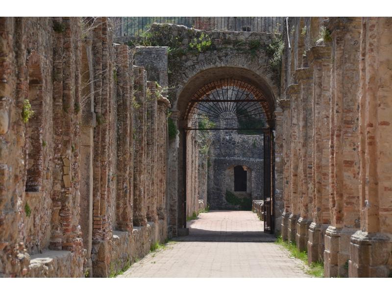 Rovine dell'antico Convento di San Domenico