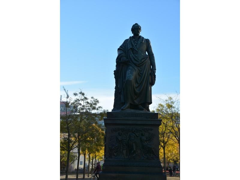 Monumento a Goethe